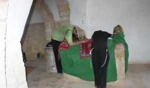 קבר אהרן הכהן. ארכיון