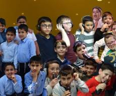"הלהיט ""דאווענען"" עכשיו בגרסה העברית"