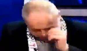 צפו: הפרשן הפלסטיני בכה כשדיברו על עזה