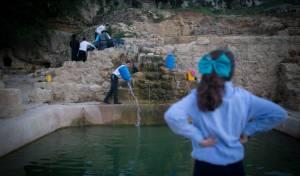 """תיעוד: שאיבת """"מים שלנו"""" בהרי ירושלים"""