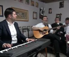 קומזיץ מרגש בבית המלחין החסידי •  צפו