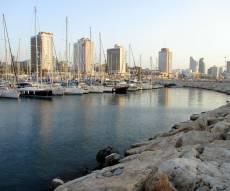 טיול מצולם לחופי תל אביב והמרינה • צפו