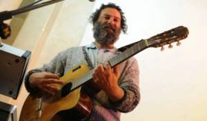 משה לוי בסינגל מלקוש מלא שמחה ותודה