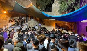 מאות רקדו ב'מלווה מלכה' בקבר דוד המלך