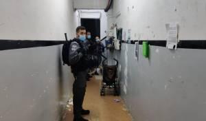 כוחות המשטרה במאה שערים בליל שישי