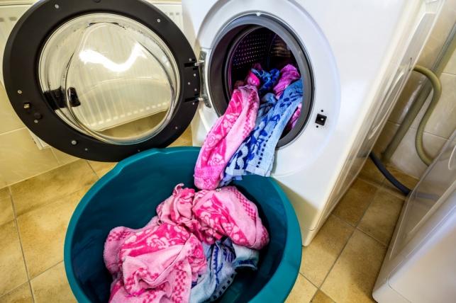 הכביסה מלוכלכת? יש דבר אחד שאסור לכם לעשות