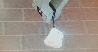 זרוע רובוט החבלה מטפל בפריט