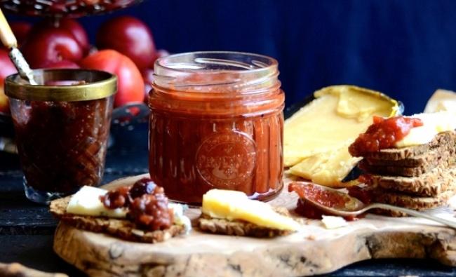 ריבת עגבניות וצ'ילי מתוק מאתגרת חך