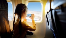 המדריך המלא: איך לשרוד טיסה עם תינוקות