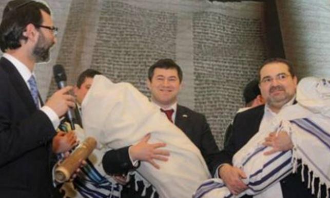 13 ספרי תורה הוחזרו ליהודים באוקראינה