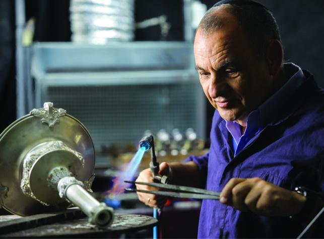 יעקב מרדינגר, אמן בינלאומי ובעלי 'הצורפים