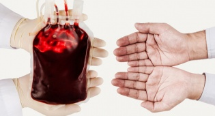 """זוהר בבית החולים - מצילים את זהר; """"אנו חייבים עוד מנות דם בדחיפות"""""""