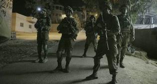 חיילים בפעילוץ אילוסטרציה