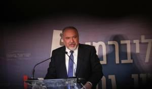 ליברמן הציג את דרישותיו: גיוס, חילולי שבת ומתווה הכותל