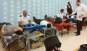הסטודנטים החרדים של מכללת מבחר תורמים דם