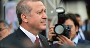רג'פ טאיפ ארדואן - נשיא טורקיה התעלף במהלך תפילת הבוקר
