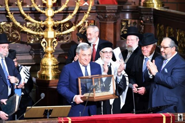 """הפרלמנט האירופי: נגד """"חקיקה אנטי דתית"""""""