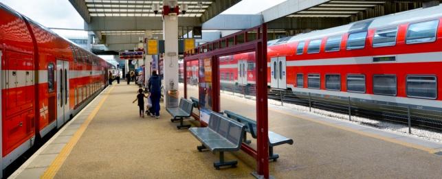 """תחנת רכבת """"סבידור"""" בתל אביב, ארכיון"""