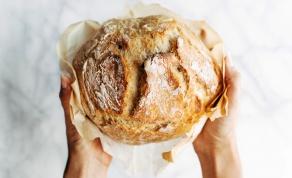 לחם ביתי זהוב ופריך ללא לישה - צפו: קסם של לחם - זהוב, פריך וללא לישה