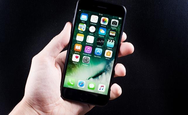תביעה חדשה: לא יכלו לייצר את האייפון בלעדינו
