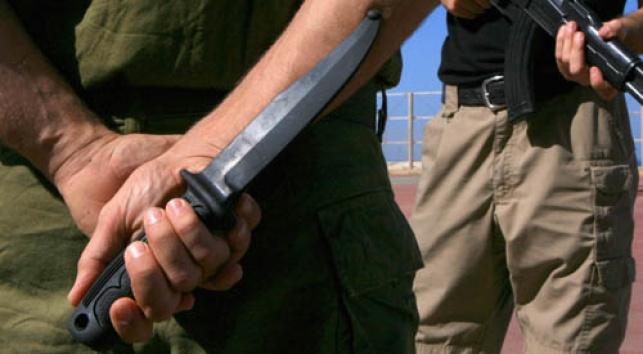 גל אלימות: נערים רוצחים בדקירות סכין