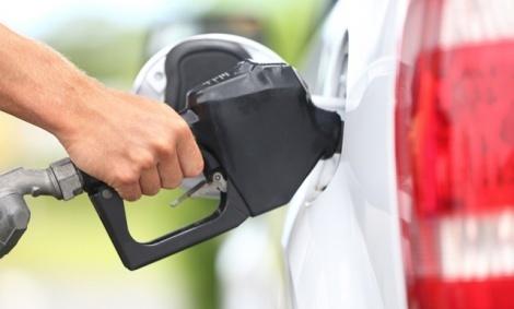 בשורה טובה: מחיר הדלק יירד ב-14 אגורות