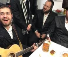 המוזיקאים החסידיים חגגו באירוסי נטע לוין