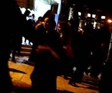 אחד המעצרים. הניידת המשיכה בדלת פתוחה
