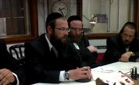ישראל רוזנר - ישראל רוזנר עובר מקול חי ל'יתד'