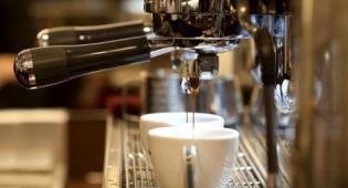 לא תאמינו כמה כסף בזבזו הישראלים בבתי קפה