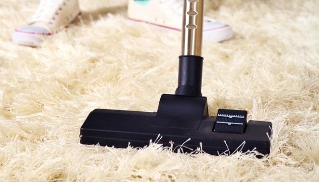 כי אבק יש לא רק על שטיחים