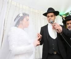 בגלל הירי: החתן והכלה הוברחו לבית כנסת
