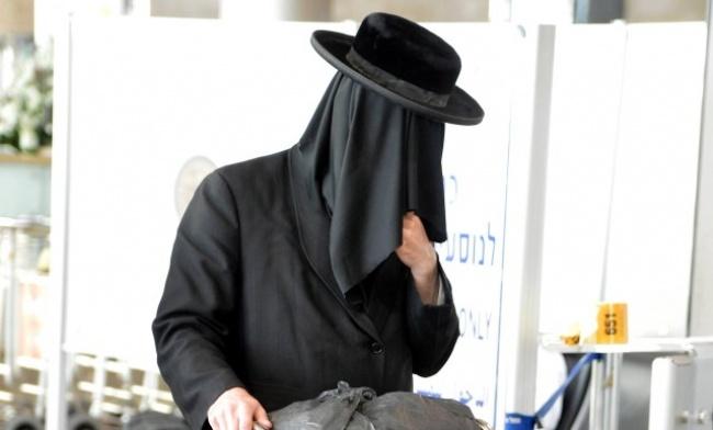 """""""שאלים"""" בשדה התעופה - בדרך לאומן: """"שאלים"""" נגד פריצות"""
