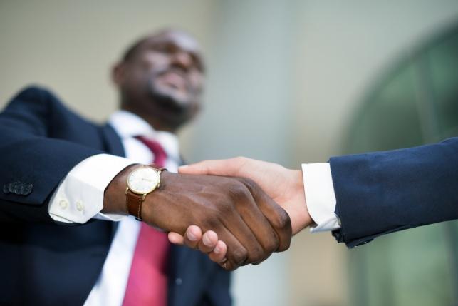 האם התקיימו יחסי עובד-מעסיק? אילוסטרציה