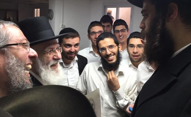 סבב הביקורים של ראש העיר אלעד בבתי הרבנים