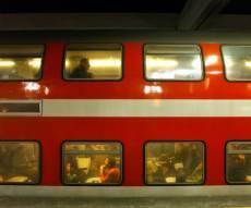 האינטרס הכספי שמונע מהרכבת לעצור בתחנות
