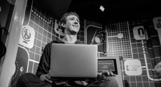 מארק צוקרברג - הסוף? ארכיון - מייסד וואטסאפ: זה הזמן למחוק את פייסבוק