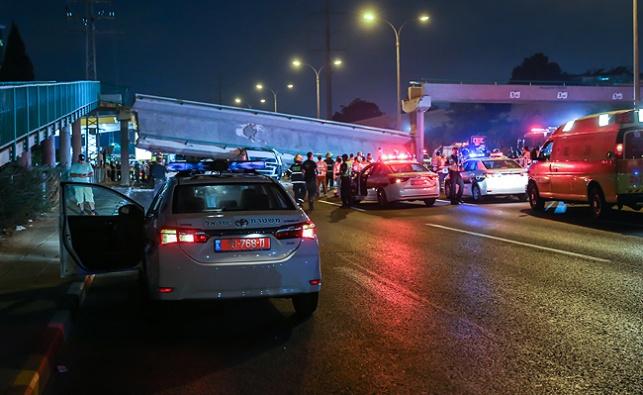 גשר רמת אלחנן קרס על משאית: 'המנוף היה בניגוד לחוק'
