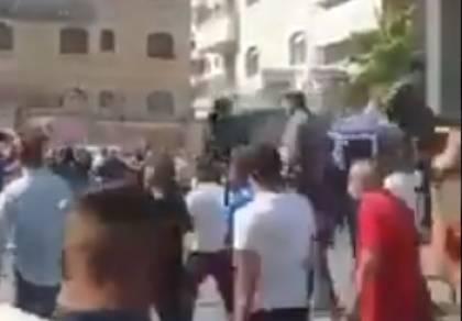 ירושלים: יריות שמחה על שחרור אסיר • צפו