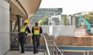 שוטרים בתחנת רכבת בברלין
