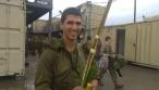 """גם החיילים בירכו: """"מבצע לולב"""" של חב""""ד"""
