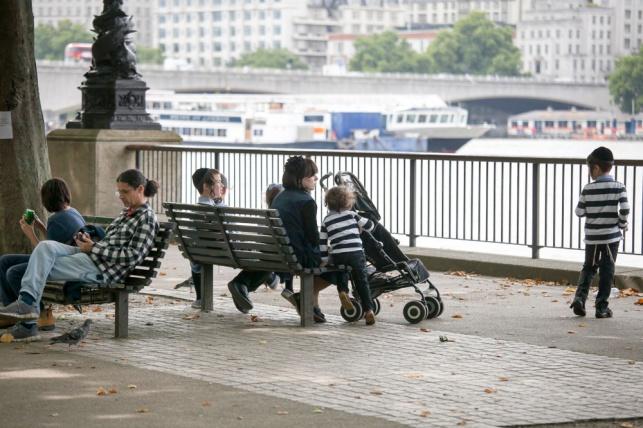 משפחה חרדית בלונדון. למצולמים אין קשר לכתבה