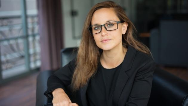 הכל בעיני המתבוננת: 6 טיפים לנשים שמרכיבות משקפיים