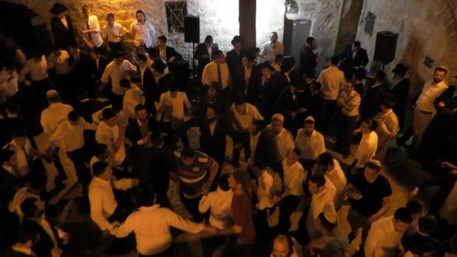 צפו: ריקודי השמחה במלווה מלכה בקבר דוד