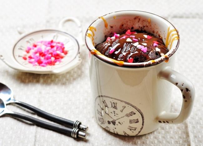 עוגת שוקולד במיקרוגל תוך 2 דקות
