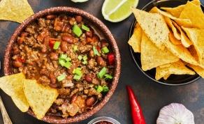 תבשיל צ'ילי קון קרנה פיקנטי בסטייל מקסיקני