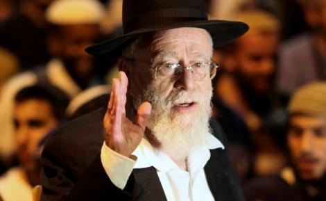 הרב דב ליאור - הרב ליאור: מותר לפגוע במחבל מנוטרל