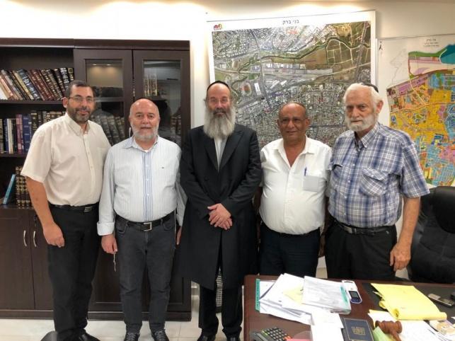 הבית היהודי:  תומכים באברהם רובינשטיין