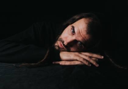 """מתנאל אסייג בסינגל חדש: """"מבולבל"""""""