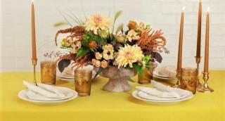 צפו: 2 דרכים מהפנטות לעצב את השולחן בשני ימי החג